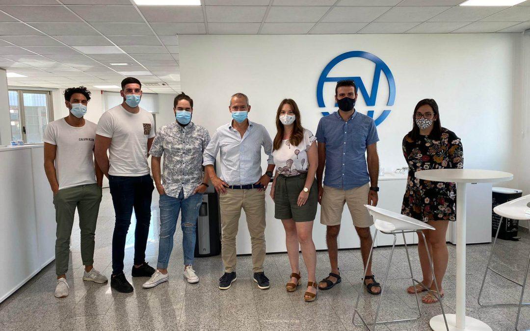 Visita de los compañeros de Oiartzun a la delegación de Galicia